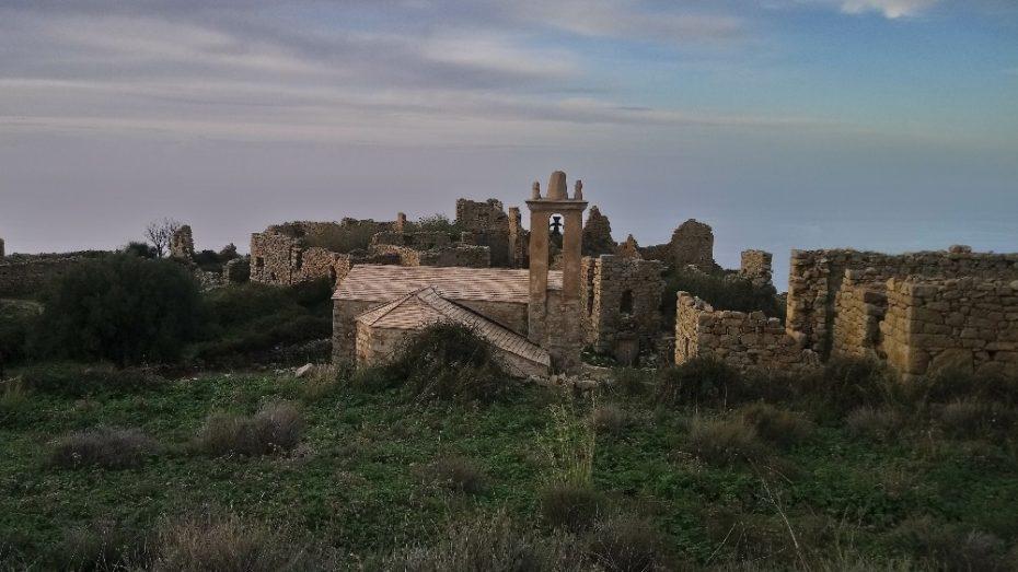 La randonnée du village d'Occi à Lumio | Corse VTC