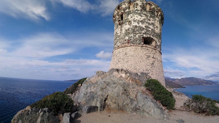 la randonnée du sentier des senteurs à la Parata | Corse VTC