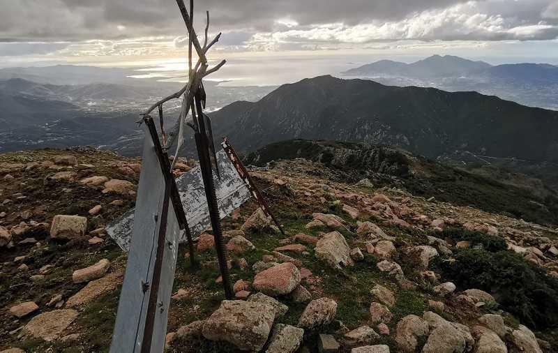Randonnée de la Punta San Petru Vechju à Cuttoli | Corse VTC