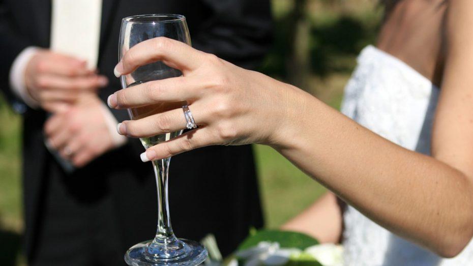 Location de voiture avec chauffeur pour mariage en Corse | Corse VTC